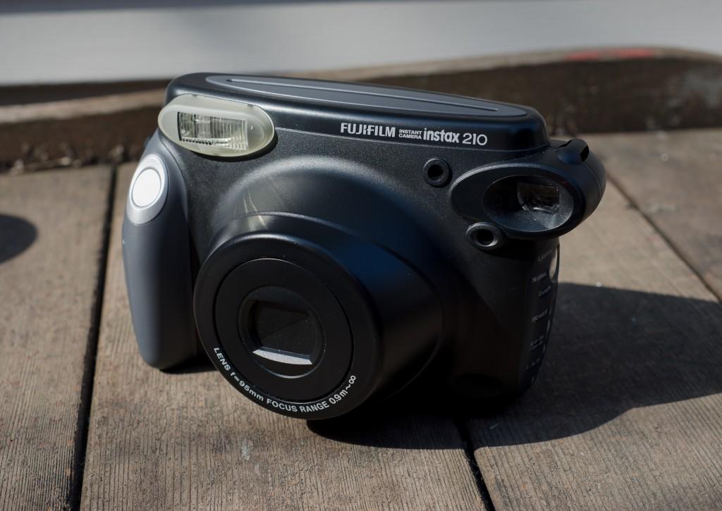 Fuji Instax 210 Instant Film Camera Review
